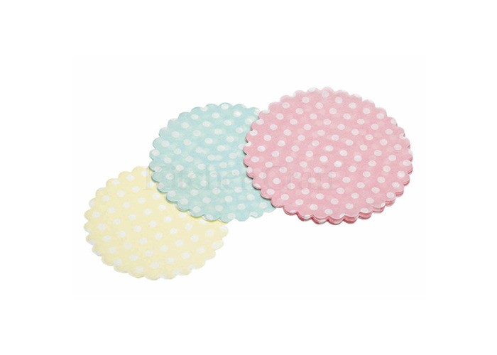 Sweetly Does It Pack of Thirty Mini Paper Doilies - 1