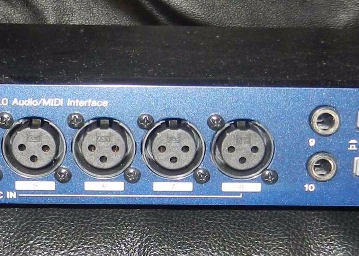 Tascam US1641  USB audio interface -16 channels simultaneous - 1