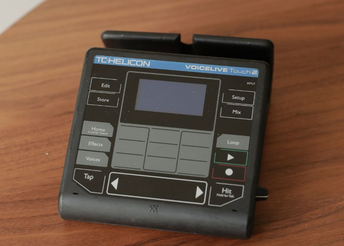 TC-Helicon VoiceLive Touch 2 Vocal Effects Processor - 1