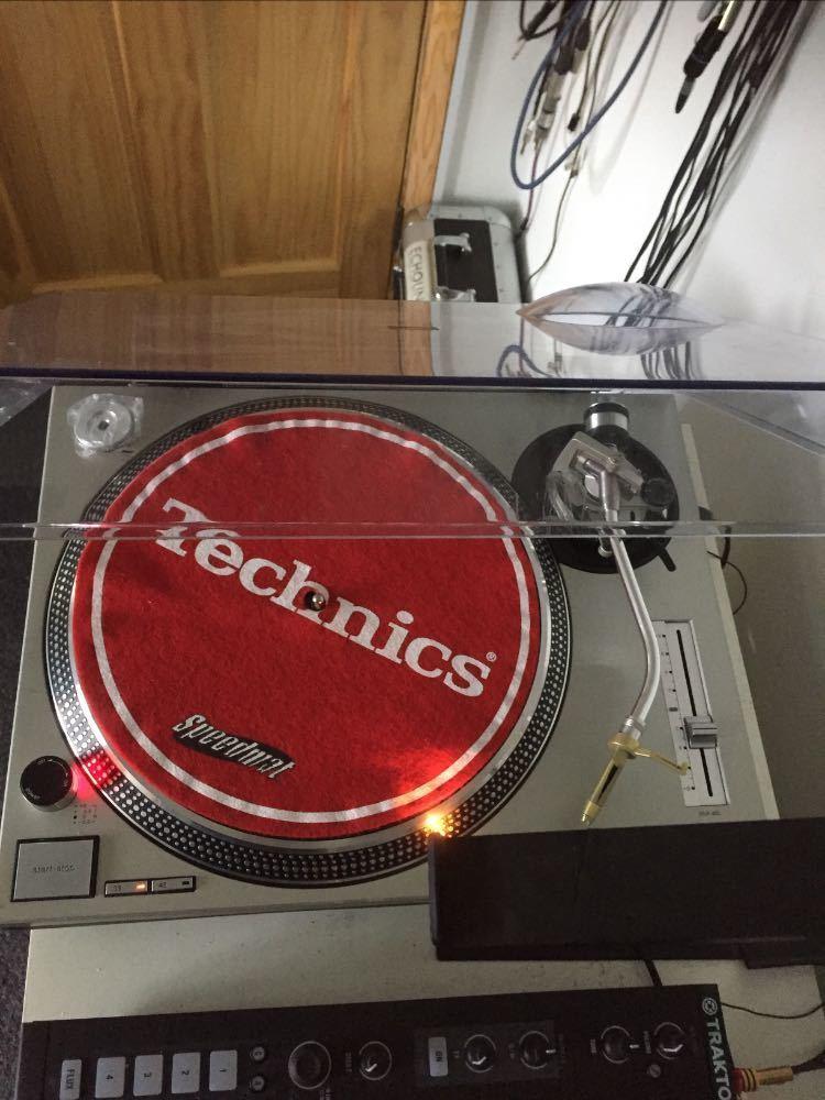 2 x Technics, SL1200MK2 and SL1210MK2 - 2