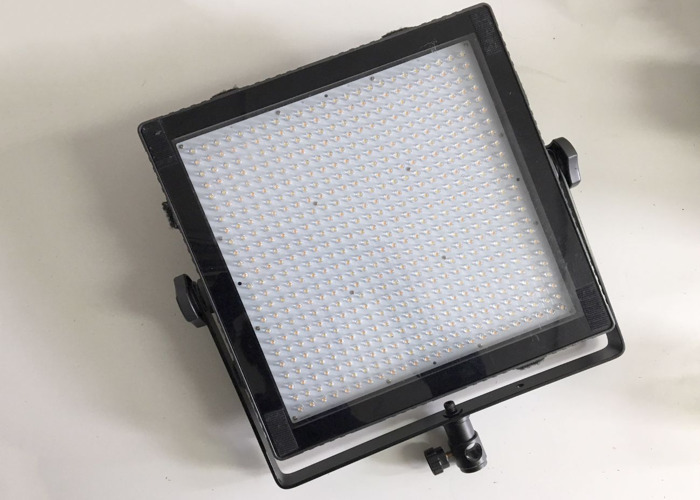 Tecpro Felloni High Output Bi-Colour 1'x1'LED Panel - 1
