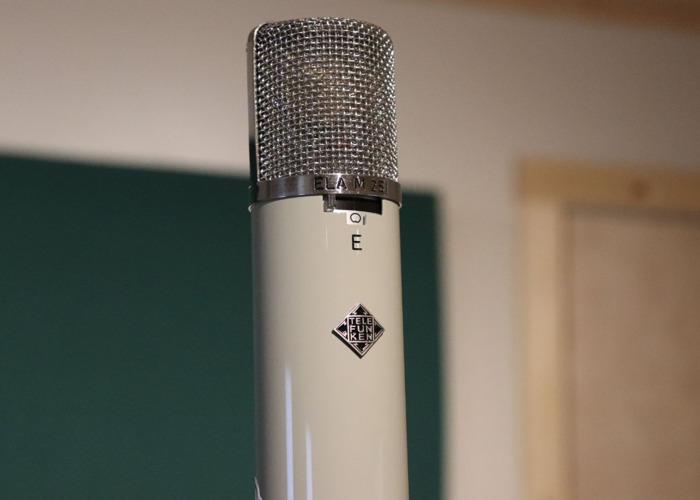 Telefunken ELA M251 E - 1
