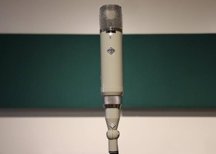 Telefunken ELA M251 E - 2