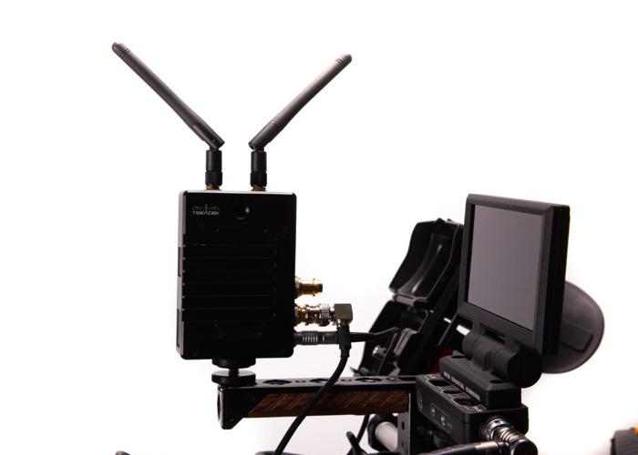 Teradek bolt 500 & Small HD Focus 7 monitor - 2