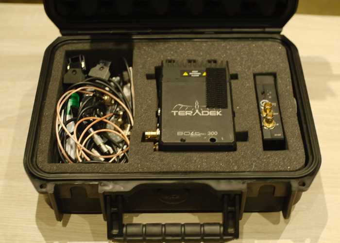 Teradek Bolt Pro 300 (3x Receiver & 1x Transmitter) - 2