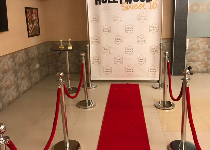 TO HIRE... RED CARPET POLES X 8 With 4 ROPES CHROME - 2