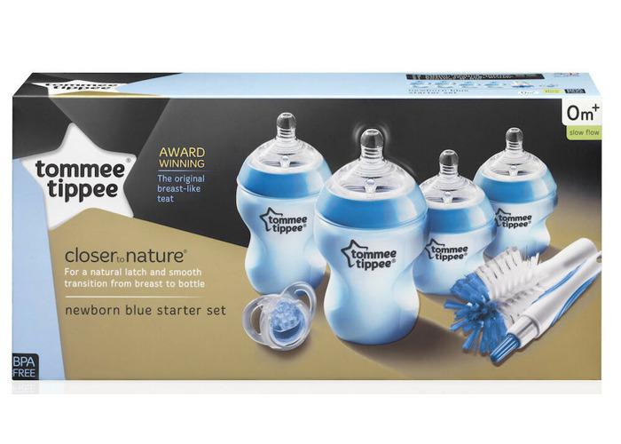 Tommee Tippee CTN Newborn Bottle Feeding Starter Set for boys - 2