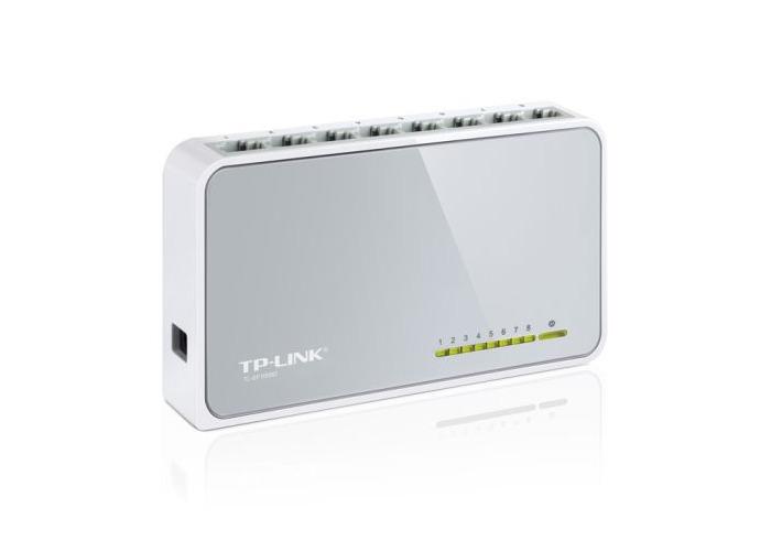 TP-LINK (TL-SF1008D V11) 8-Port 10/100 Unmanaged Desktop Switch, Plastic Case - 1