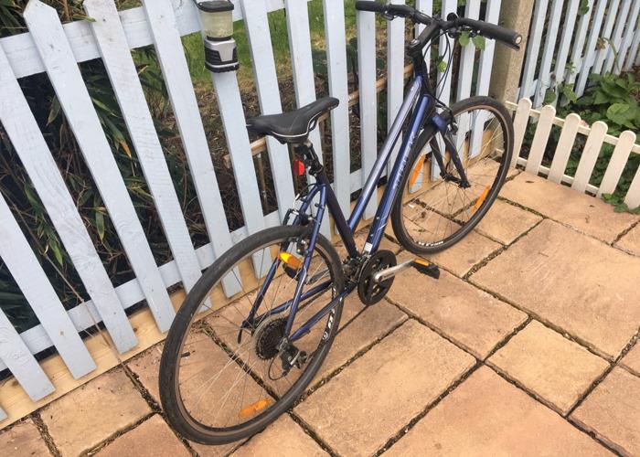 Trek 7.1 FX City Bike Hybrid - 2