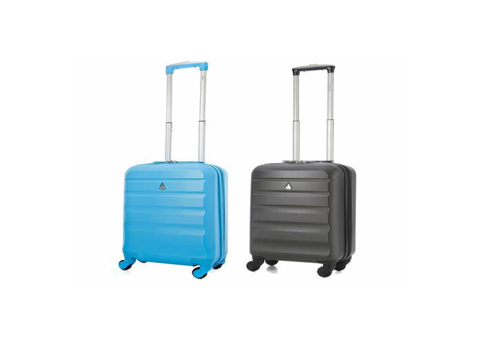 Two Samsonite cases pick one, either super large or large  - 1