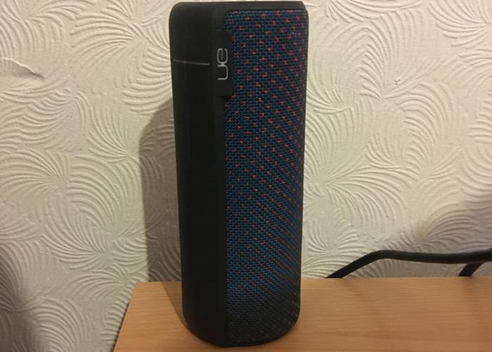 UE BOOM 2 Portable Speaker - 1