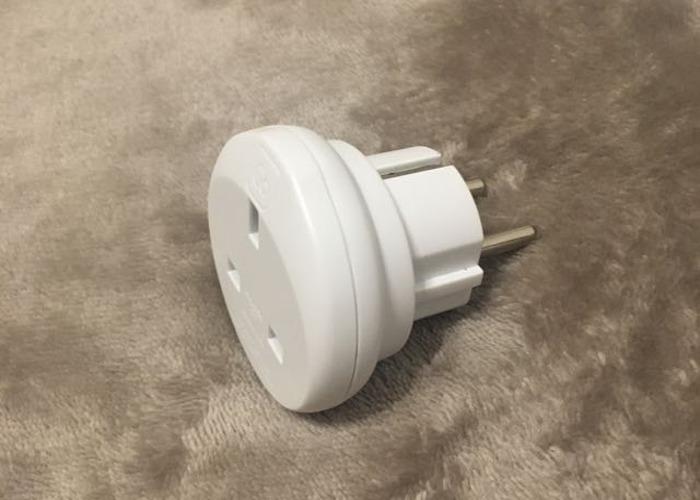 UK to EU wall plug adapter - 1