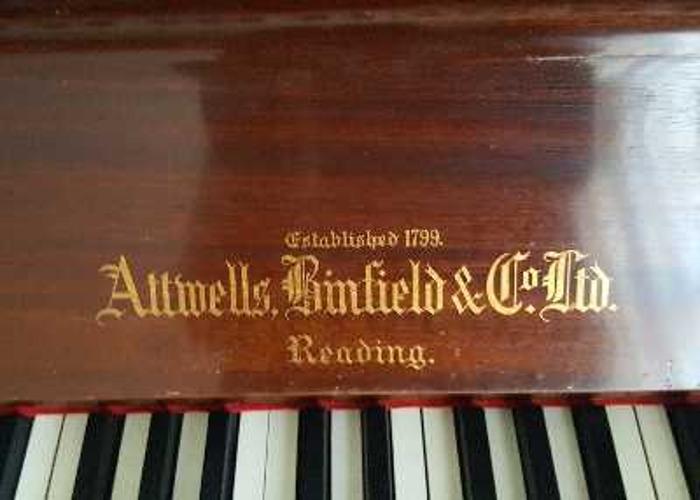 Upright Piano - 2