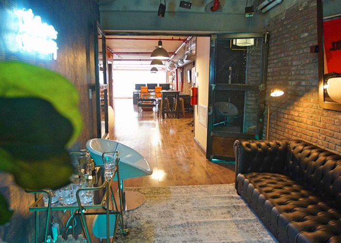 Urban-Chic Industrial Lounge - 2