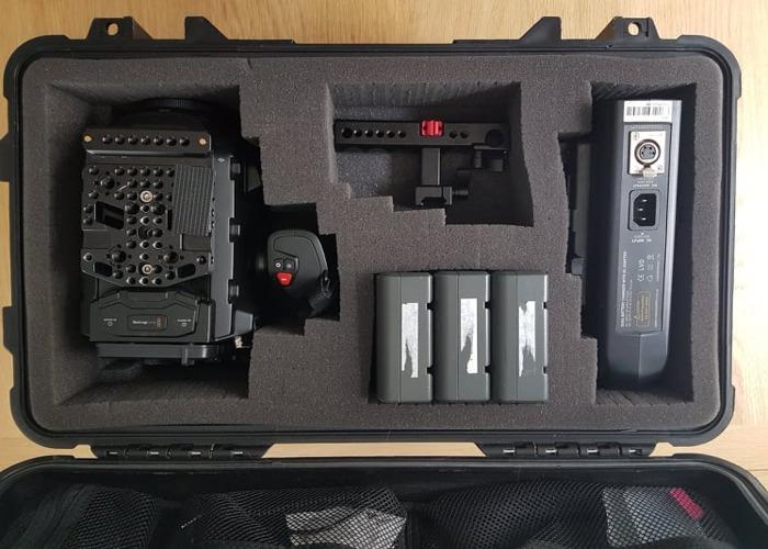 Ursa Mini 4.6K Kit  w/1TB memory - 1