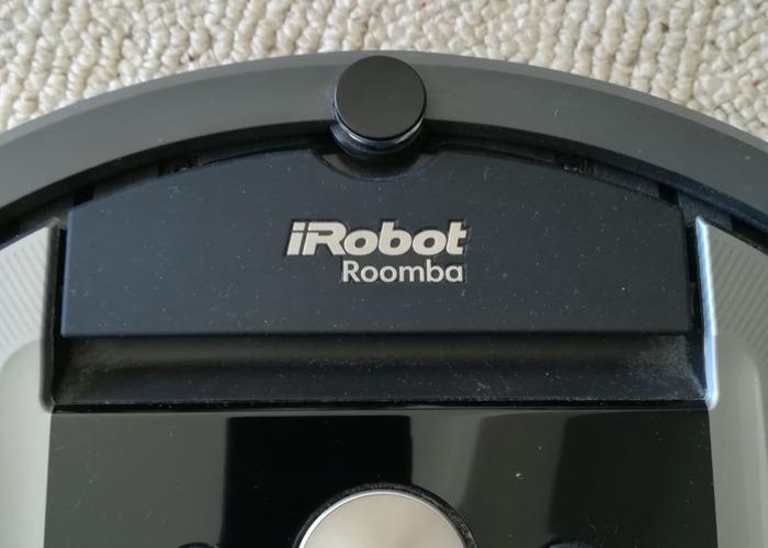 Vacuum irobot Roomba 960  - 2