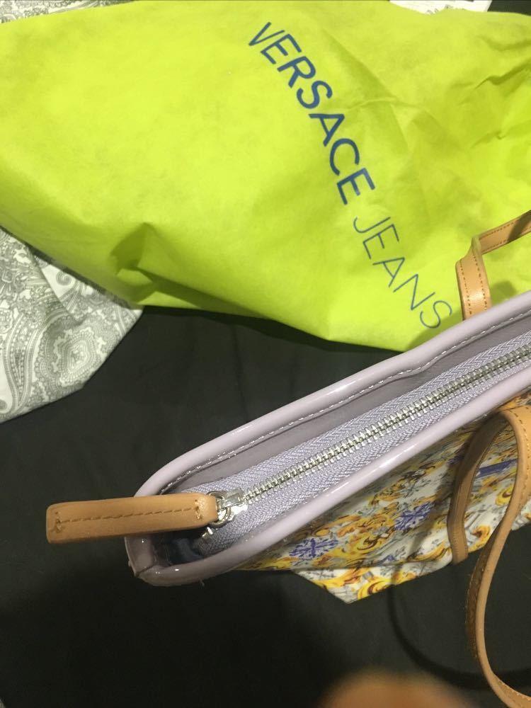 versace tote-bag-25363350.jpg