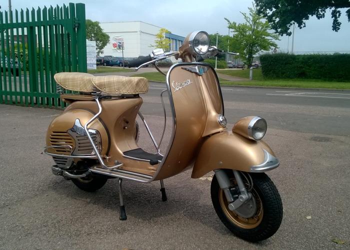 Vespa Scooter (1965) - 1