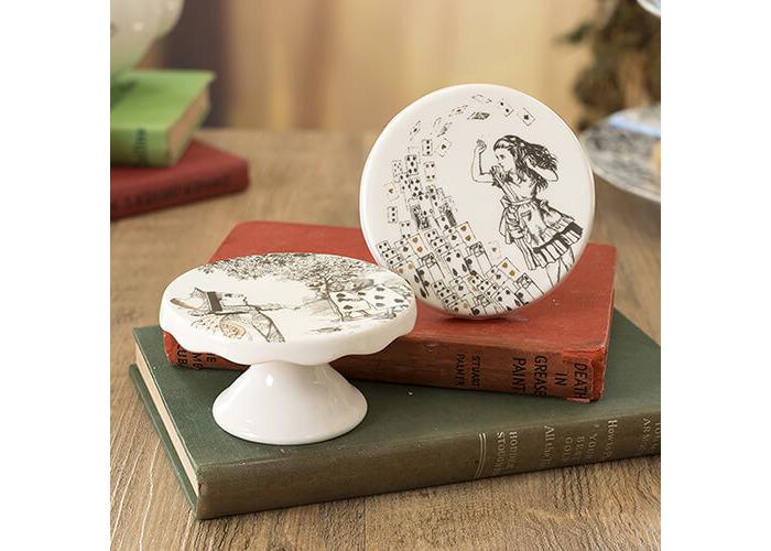 Victoria & Albert Alice in Wonderland Mini Cake Pedestals, White, Set of 2 - 2
