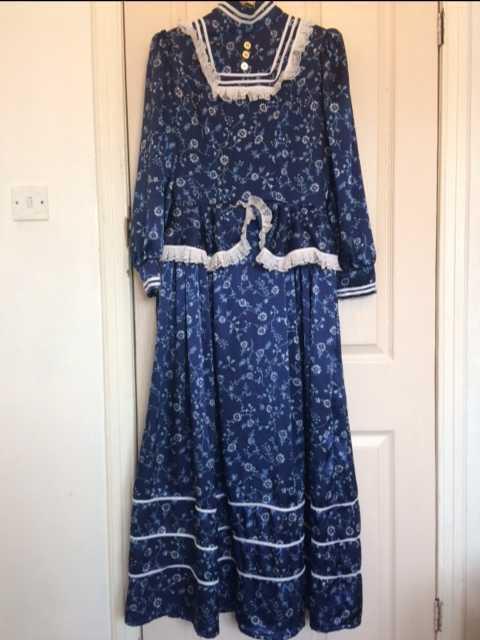 Victorian dress - 1