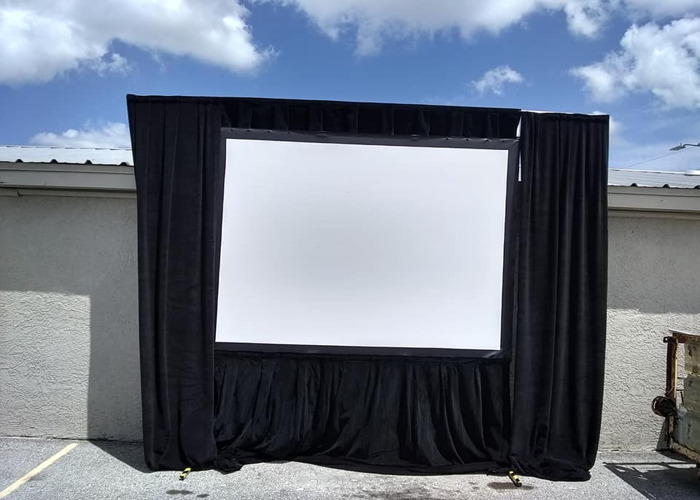 VIDEO - 6' x 8' fast fold screen rental w dress - 2