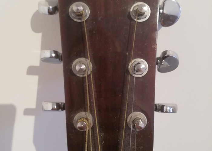 Vintage Acoustic Guitar - 2