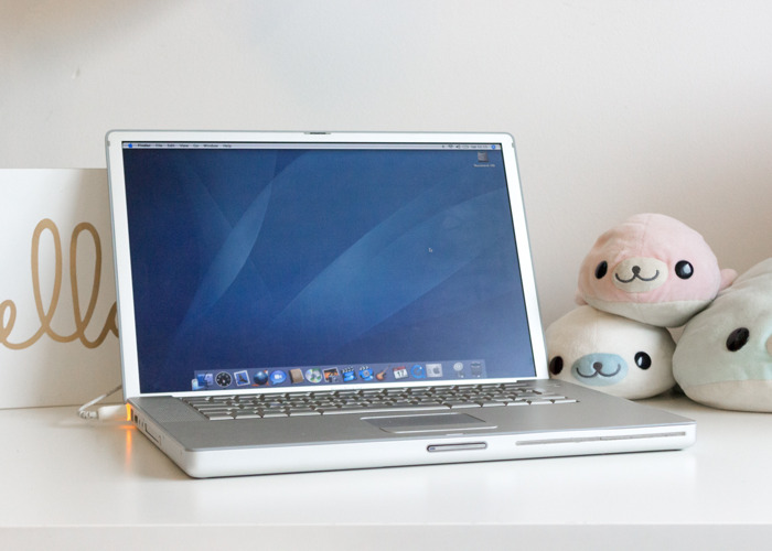 "Vintage Computer: PowerBook G4 15"" 1.67GHz High Res PowerPC  - 1"