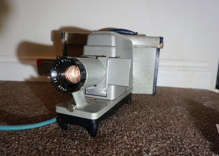 Vintage Prinz 85mm Projector - 1