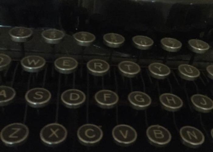 Vintage typewriter - 2
