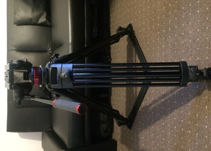 Vinten Pro Tripod with Manfrotto Fluid Head and floor Spreaders - 2