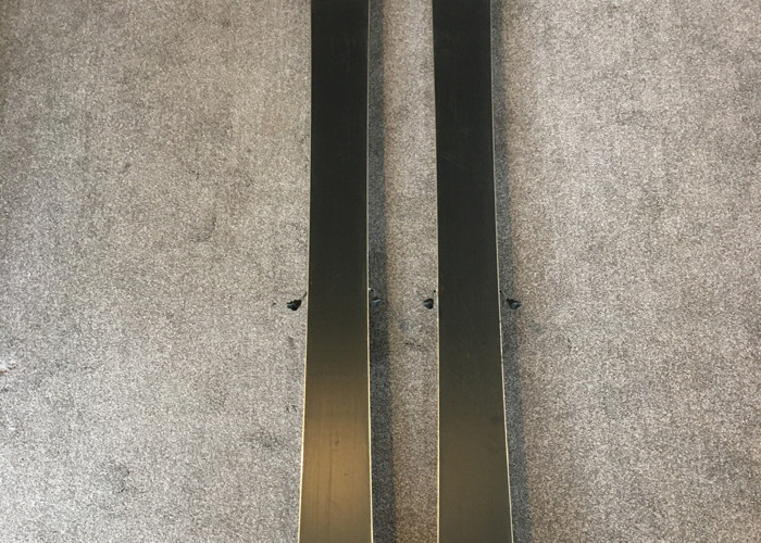 Volkl Mantra 177cm skis with Marker Griffin bindings - 2