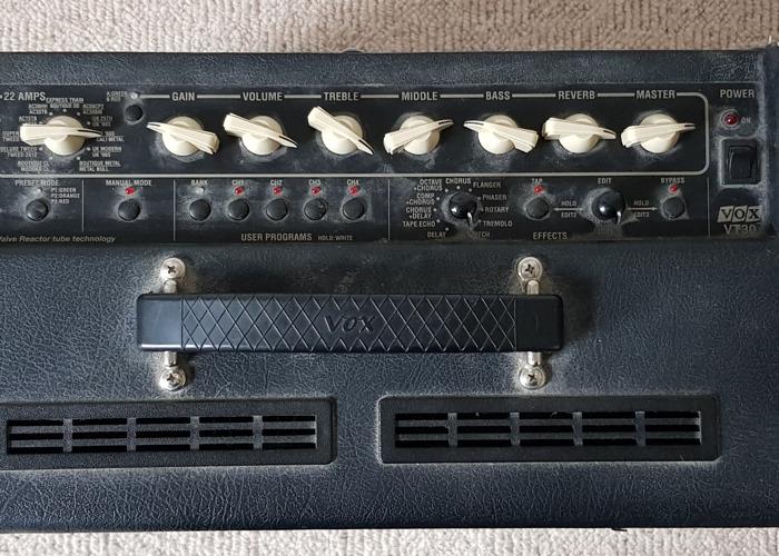 Vox Amplifier - 2