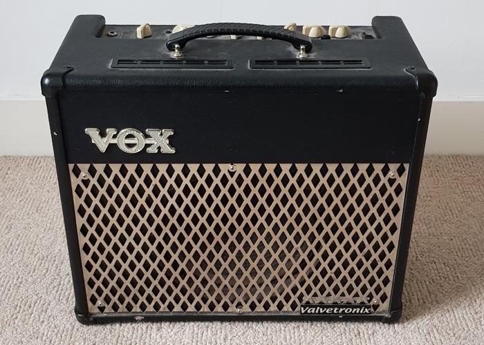 Vox Amplifier - 1