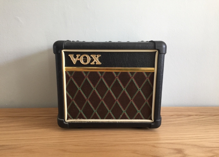 vox mini-3-amp---39600549.jpeg