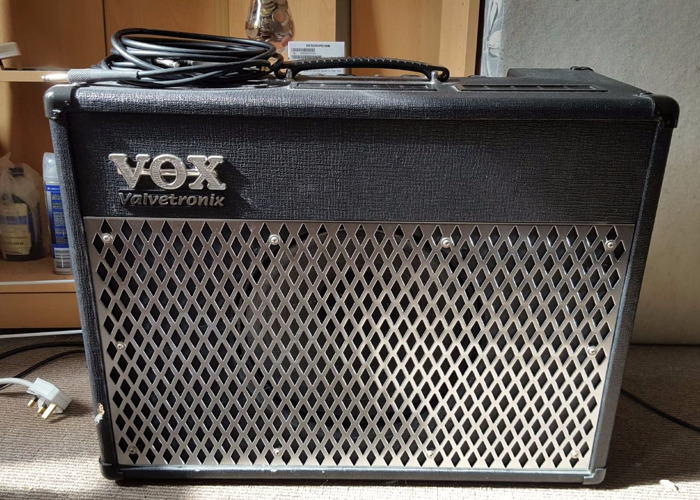 Vox Valvetronix 50 Watt Valve Amplifier with Pedal - 2