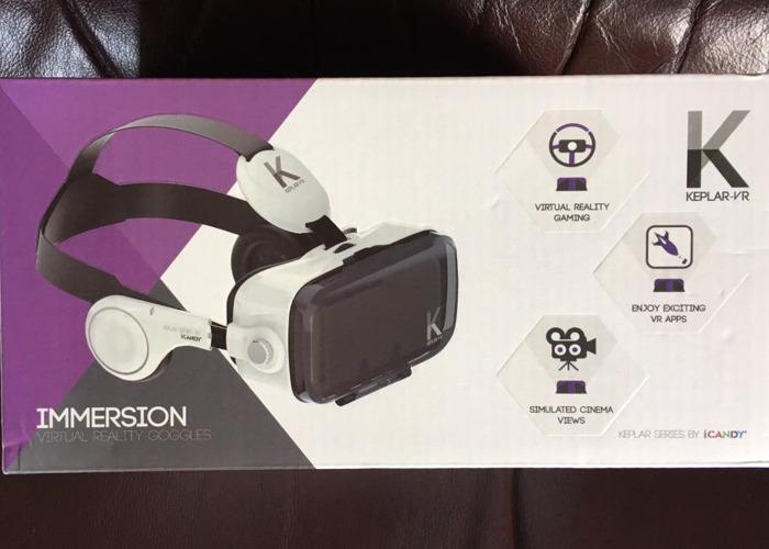 VR headset - 1
