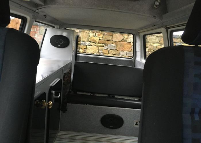 VW T25 Campervan - 2