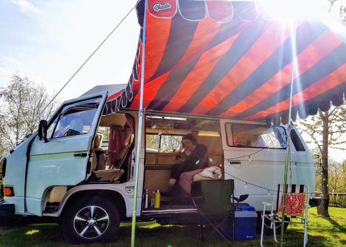 VW T25 Campervan 4 Berth + Awning - 1