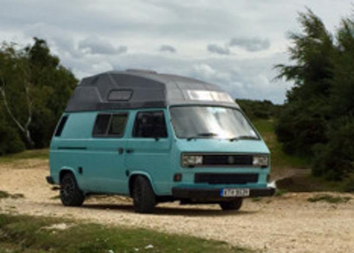 VW T25 Hi-Top Campervan - 2