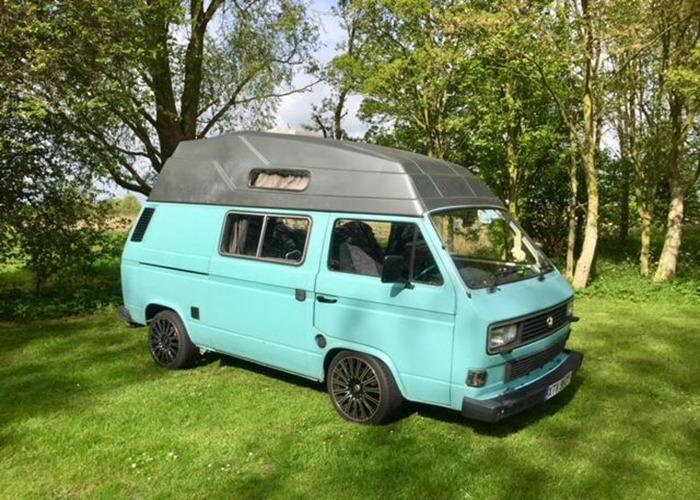 VW T25 Hi-Top Campervan - 1
