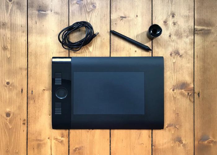 Wacom Intuous 4 Graphics Tablet Medium - 1