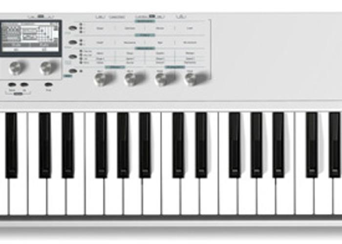Waldorf Blofeld Synth - 1