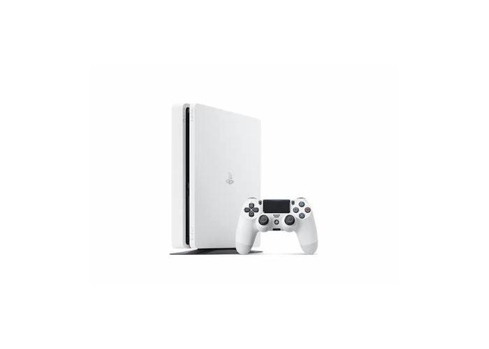 White PS4 - 1