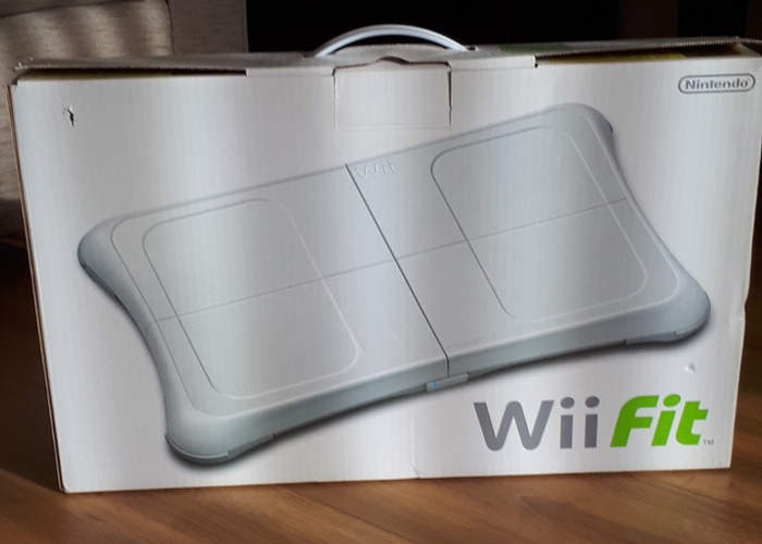 Wii game with accessories  - 1