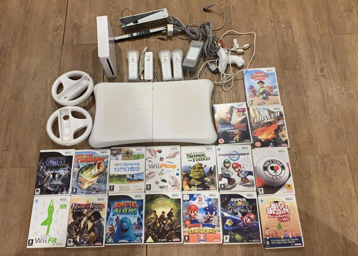 Wii Games & Accessories - 1