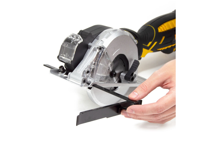Wolf 120mm All Purpose Plunge Saw – 705 Watt Motor - 2