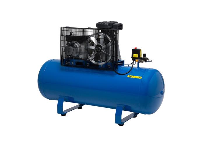 Wolf Dakota 150L Air Compressor with 3pc Air Tool Kit & 5m Air Hose - 2