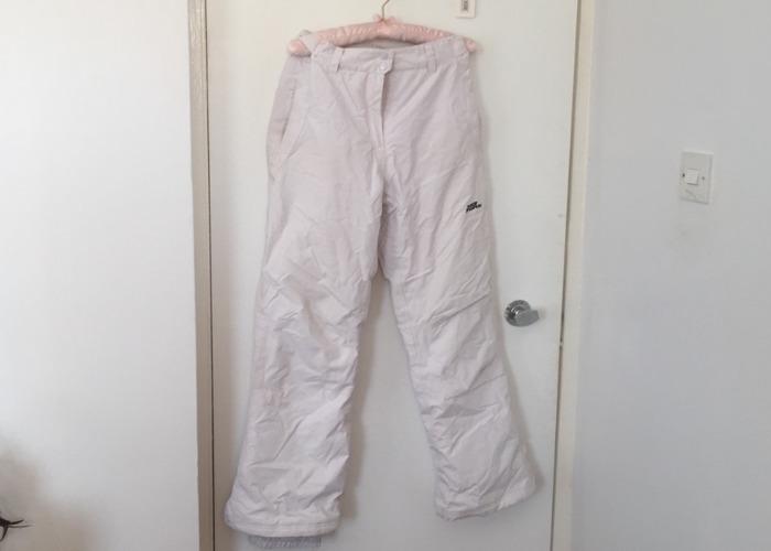 Women's Size 10 Ski/Snowboard Trousers - 1