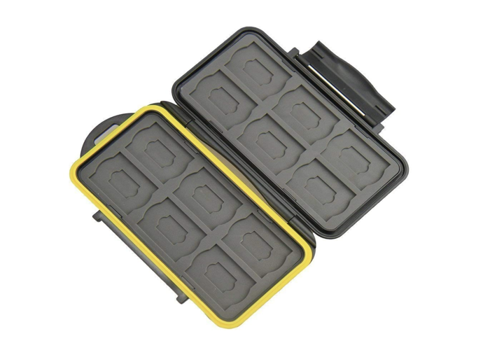 x2 sd-cards-32gb-and-waterproof-case-99006394.png