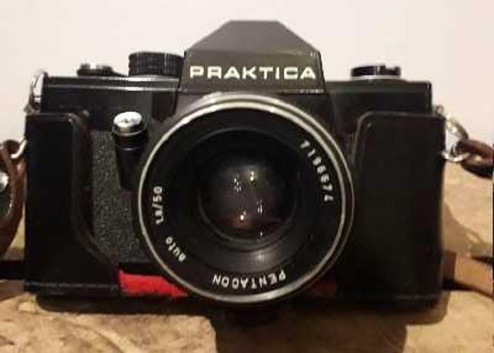 x2 Vintage SLR Cameras  - 1